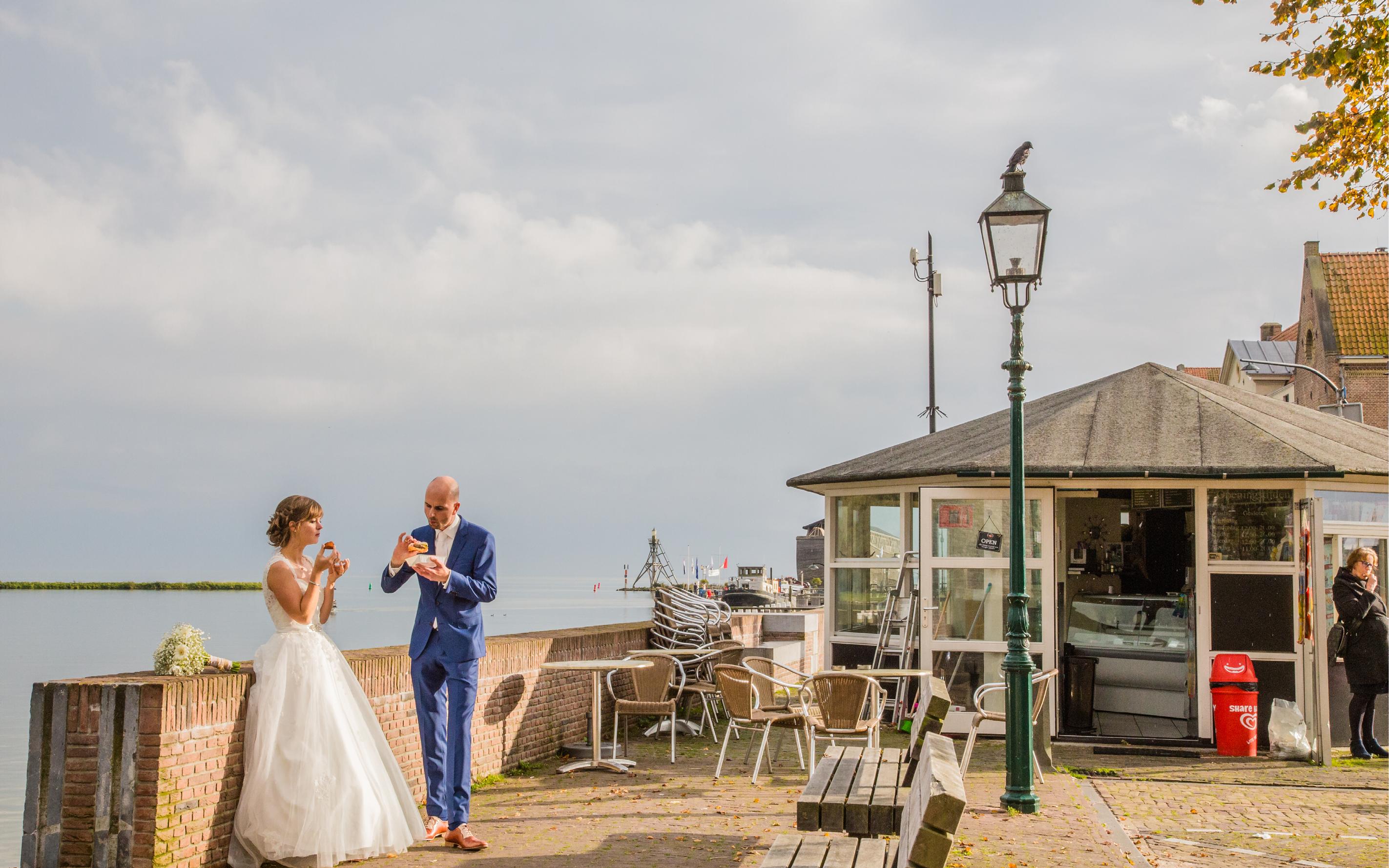 Levensfoto, Huwelijksfoto, trouwfoto, wedding, kroket eten