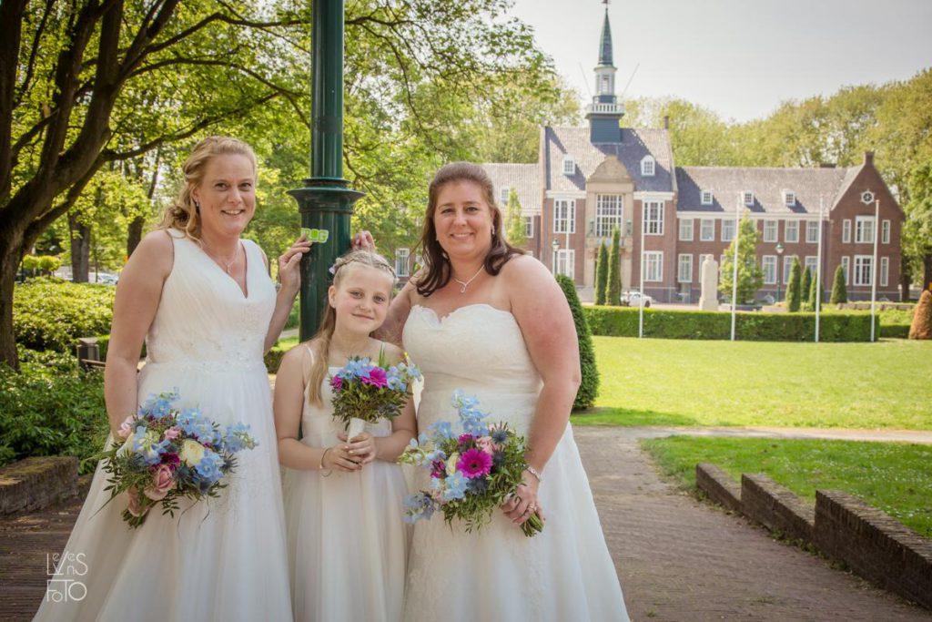 LevensFoto - Joanna en Jolande trouwen, gay wedding