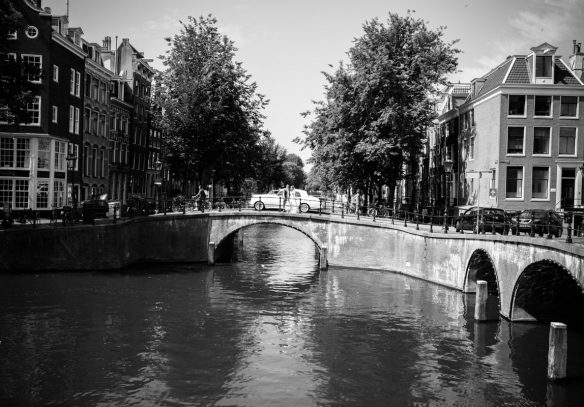 LevensFoto - Huwelijk Amsterdam , trouwfoto in Amsterdam, prachtige locatie